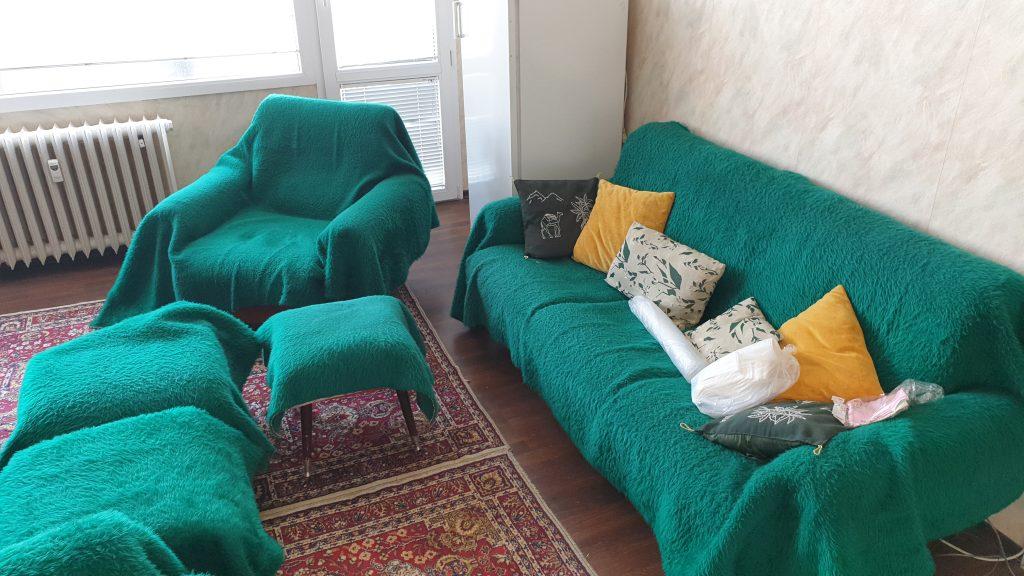Извозване на стари мебели от етаж София